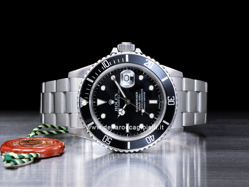 single dating rolex submariner date